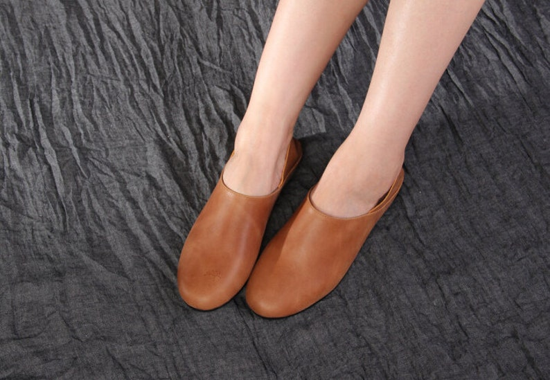 bb4060b53a9f Handmade Flat Shoes for Women Casual Shoes Soft Shoes Retro