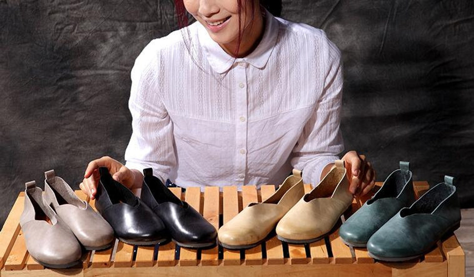 4 colors! handmade soft shoes,oxford women shoes, flat shoes, retro leather shoes, slip-ons, loafers, ballet shoes