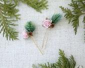Flower hair pin, woodland hairpin, pine and rose bridal hair comb, boho wedding, bridesmaid, flower hair comb, boho hair accessories