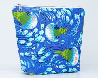Jelly Fish Wash Bag with Waterproof Lining