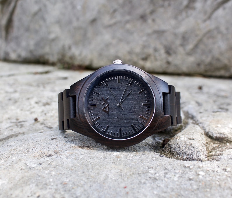 Orologio ebano gratis