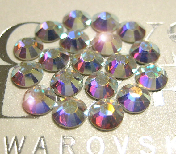 36 x Swarovski 12ss Light Amethyst silver-foiled #2000 flatbacks