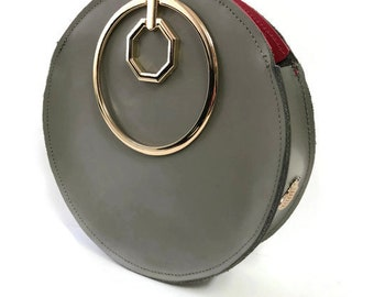 Aureole Wristlet Circle Bag in Olive Green