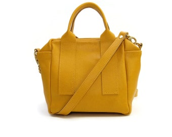 Box Bag in Mustard