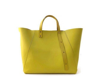 A-Line tote in yellow