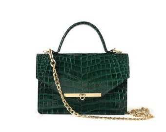 Gavi Shoulder Bag in Green Croc-embossed