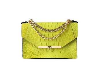 Gavi Shoulder Bag in Yellow Croc-embossed