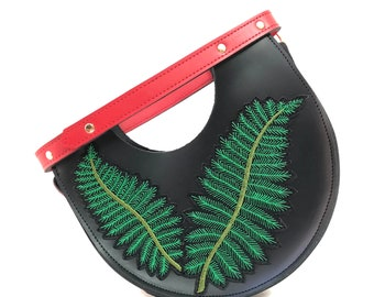 Mallory Top Handle Circle Bag in Palm Leaf