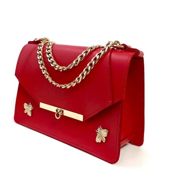 Gavi Shoulder Bag in Poppy Red