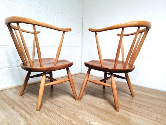 entièrement Windsor COWHORN Fireside Paire bas rare d'ERCOL restauré Early chaises assis TlFK1c3uJ