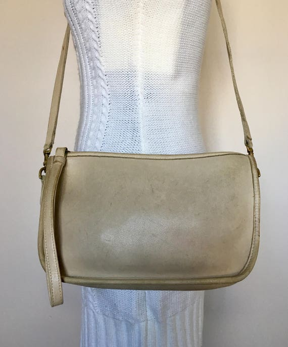 Vintage COACH Bonnie Cashin Ivory Leather Crossbo… - image 4