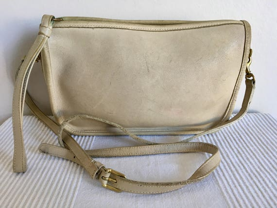 Vintage COACH Bonnie Cashin Ivory Leather Crossbo… - image 2