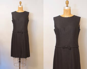 Girl Friday Dress / 60s Black Linen Shift Dress / 1960s Shift Dress / 60s Mod Dress / Medium