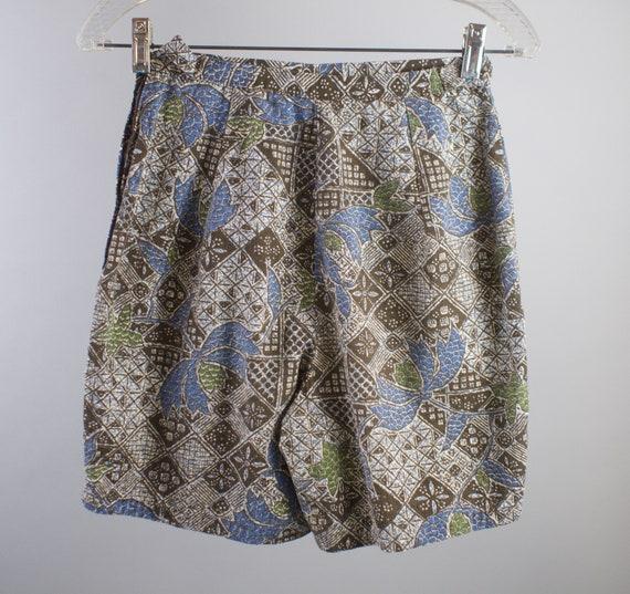 b3a2aaddd0 50s Hawaiian Shorts Vintage 1950s Geometric Floral Cotton
