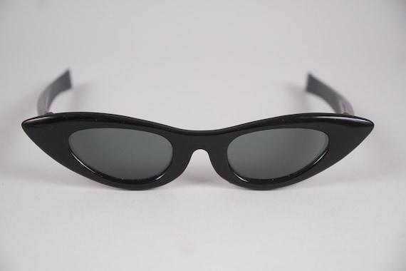 50s Cat Eye Sunglasses Black Extreme Sleek Cool Sh