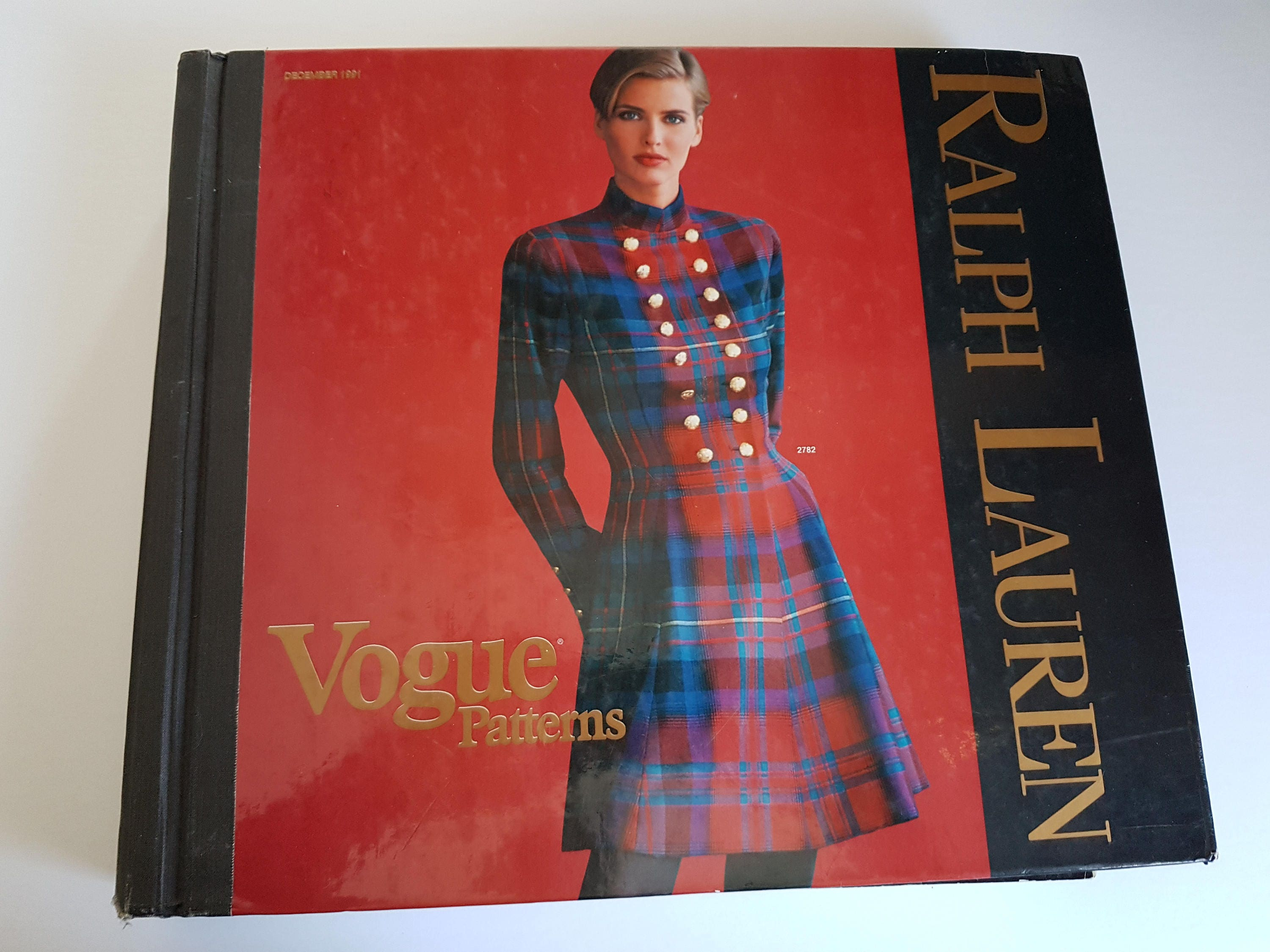 Vogue 2782 by Ralph Lauren, Vogue Patterns catalogue, December 1991