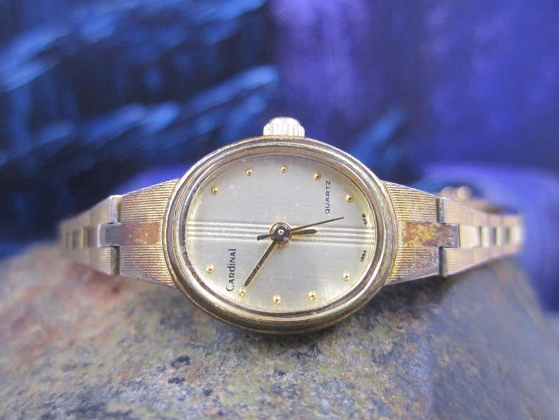 7a692afeabd5 Vintage Cardinal ladies gold wrist watch