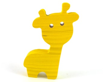 Giraffe made of wood 10 cm high