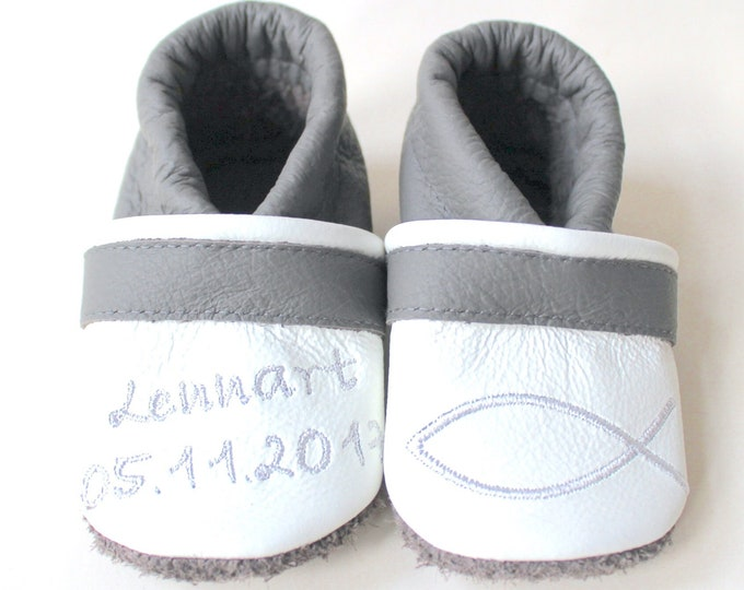 Baptismal shoes with name and date
