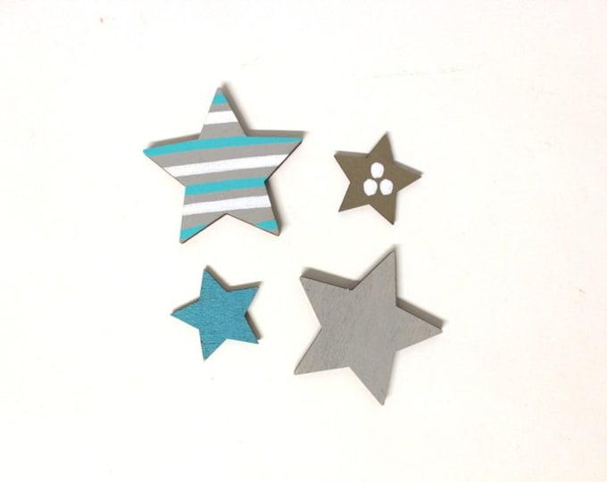 2 small + 2 big stars