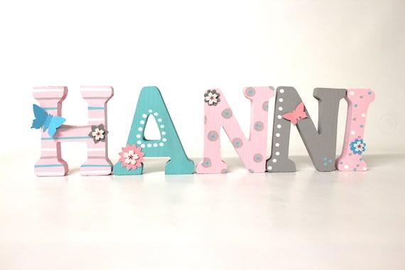 Holzbuchstaben Kinderzimmer Baby Holzbuchstaben Kinderzimmertur Schmetterlinge Und Blumchen Rosa Blush Mint