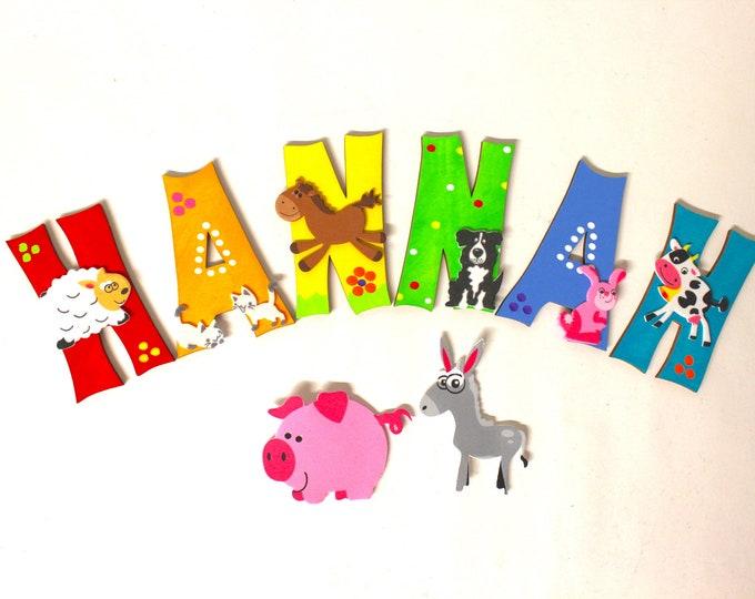 Wooden letters, Türbuchstaben, children's rooms, letters-favorite shops-Rainbow, farm animals