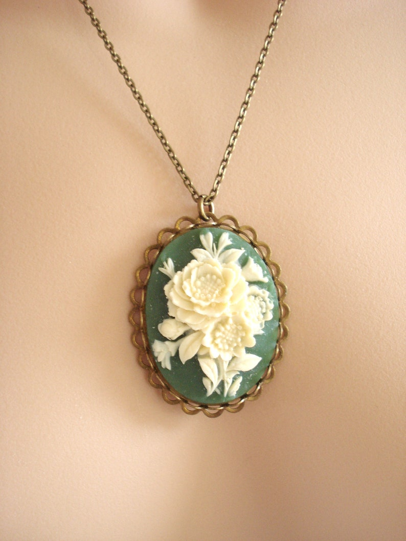 Antiqued Filigree Pendant Vintage Inspired Victorian Green Cameo Necklace Vintage Flower Cameo Gift for Her Cream Floral Roses Necklace
