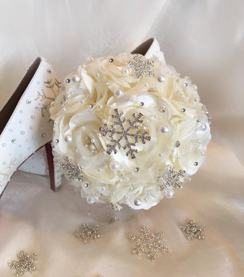 Beautiful Snowflake Bouquet Brooch Wedding Bouquet Made to  ca7bfa785e24