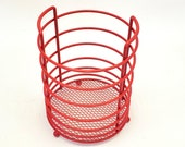 Makeup Brush Holder Metal Round Red Wire Toiletries Dish Bowl Bathroom Catchall Cotton Ball Hair Tie Holder Office Tray Beauty Salon Make Up