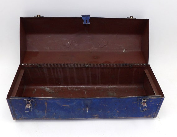 Tremendous Vintage Craftsman Tool Box Tool Box Old Rusty Tackle Fishing Tool Box Antique Steampunk Industrial Makeup Jewelry Storage Furniture Vintage Gmtry Best Dining Table And Chair Ideas Images Gmtryco