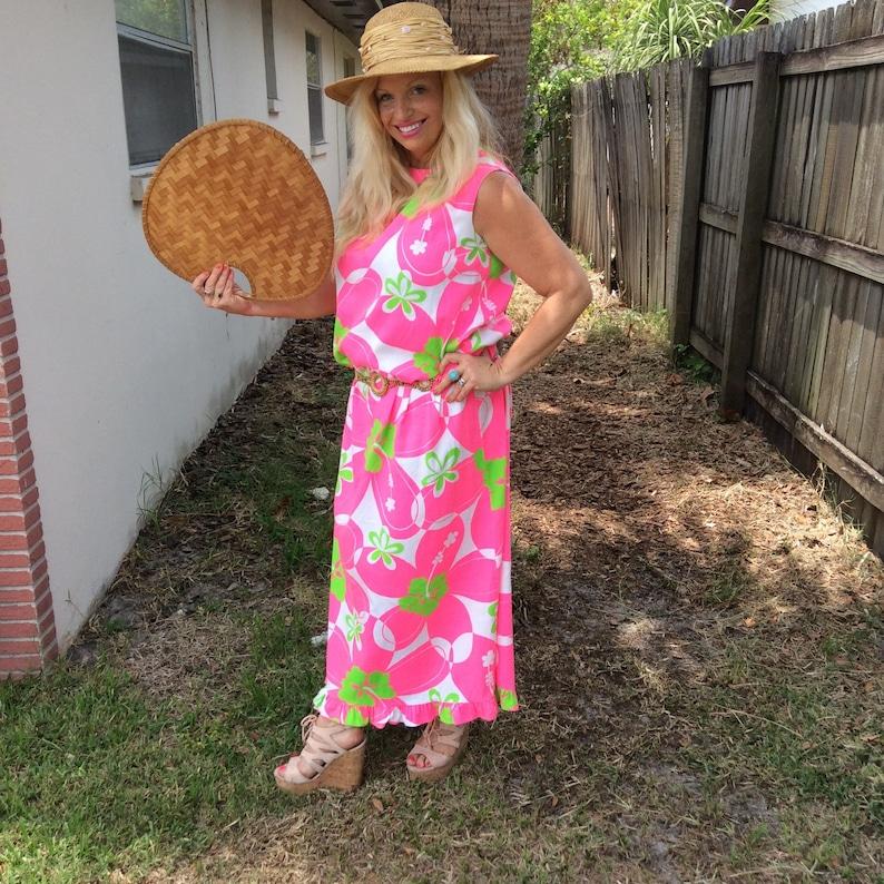 5706358f3122 Hot pink maxi dress vintage 60s hand made Hawaiian moo moo. | Etsy
