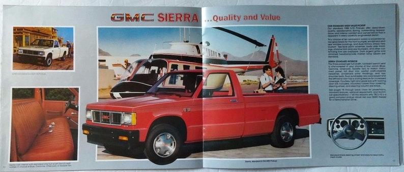 Vintage 1985 GMC Trucks S15 Pickups Color Brochure Dealer Catalog