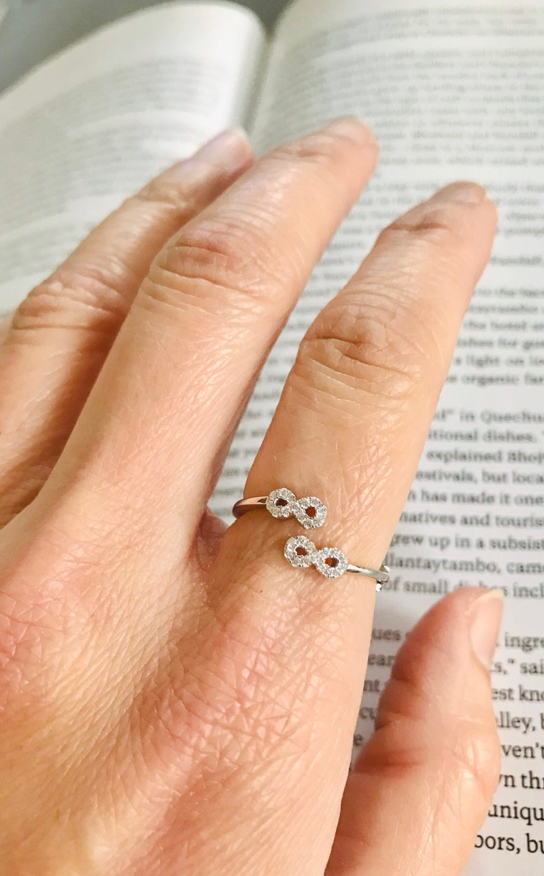 8 Ring Infinity Ring Cute Ring Friendship Ring Ring Gift for her CZ Cubic Zircona Sterling Silver Ring Best Friend Ring 925 Ring