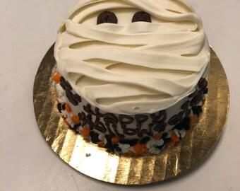 Dog Cake Mummy Design For Halloween 6