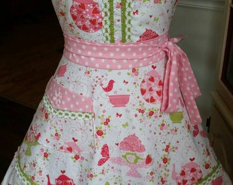 Strawberry and Tea Apron! Feminine and Beautiful!