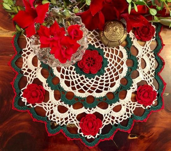 Rosie/'s Posies Elegant Hand-Crocheted Doily