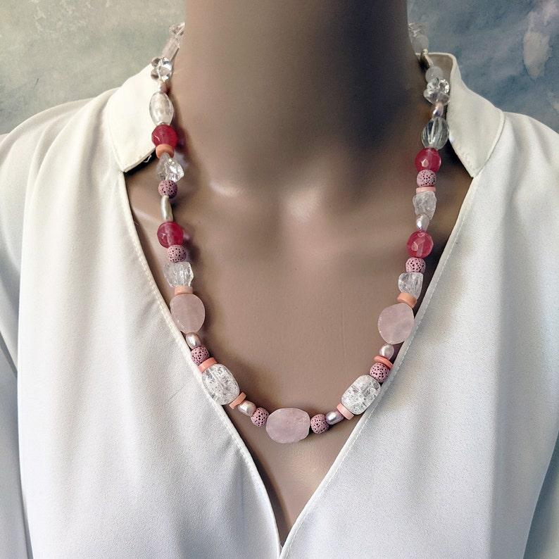 Handmade rose quartz and pearls gemstone necklace image 0