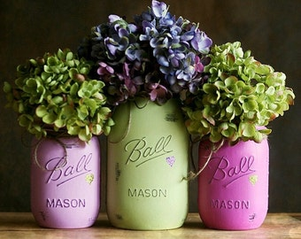 Wedding Centerpiece - Distressed Mason Jars - Mason Jar Decor - Painted Mason Jars - Home Decor - Vase - Cottage Decor - Rustic Decor