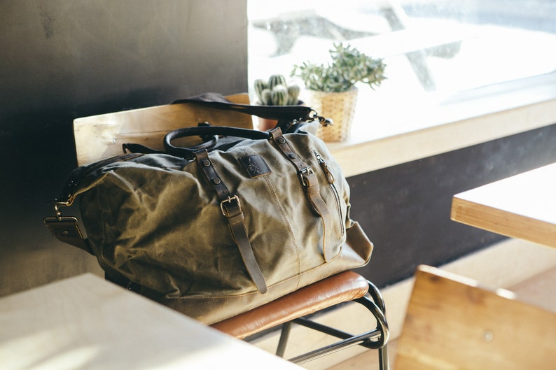 0f9289eeb2c7 Waxed Canvas Holdall   Holdall   Travelling Holdall Bags