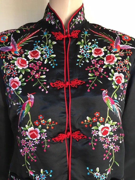VTG 1950's Beautiful Silk Embroidered Chinese Top