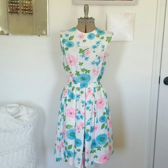 Vintage Dress, Flower Dress, Pleated skirt