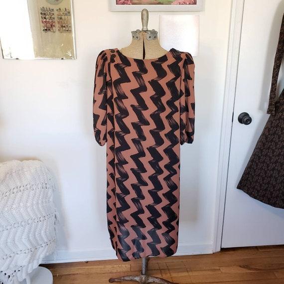 Vintage Dress, Chevron Dress, 1980s brown dress wi