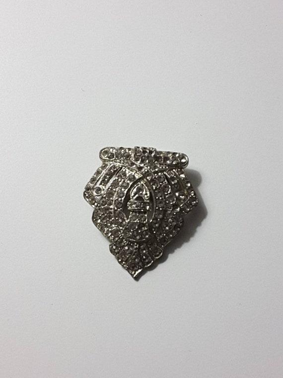 Vintage 1931 Waller rhinestone fur clip