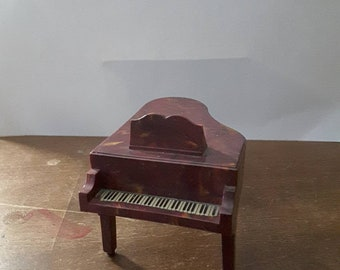 Vintage miniature baby grand piano for dollhouse