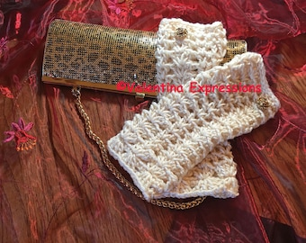 Fingerless Gloves With A Rose Button