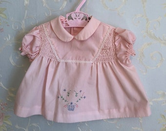 9e8c5ddd Vintage 1970s Baby Infant Girls Pink Smocked Floral Lace Embroidered Dress!  Size 0-6 months