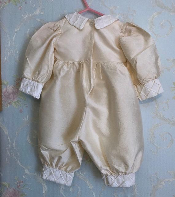 1980er Jahre 80er Baby Kleinkind Jungen Seide Taufe Taufe Outfit Strampler Mit Hut Größe 6 12 Monate