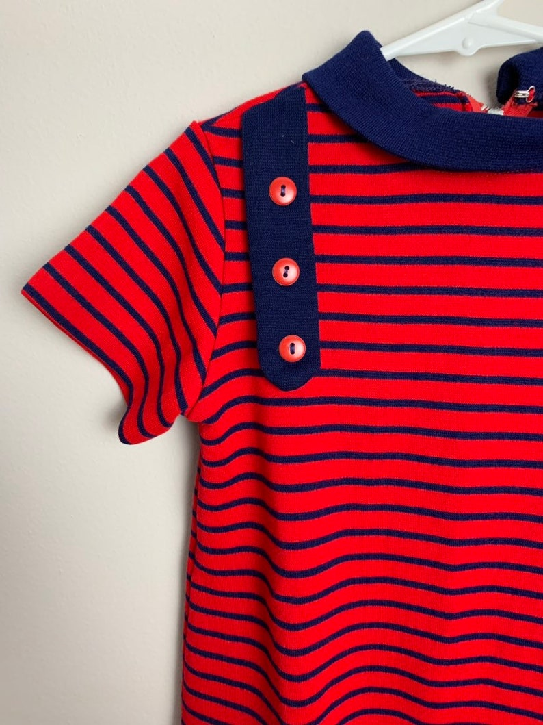Vintage 1970s 70s Girls Red Navy Blue Striped Polyester Tunic Top Shirt Size 8-10