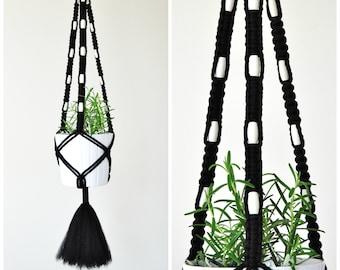 MACRAME PLANT HANGER // Hanging Planter