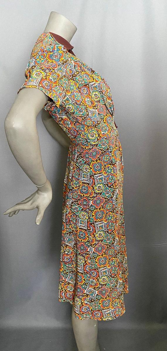 1940's Dress Rayon Medallion Print Dress - image 3